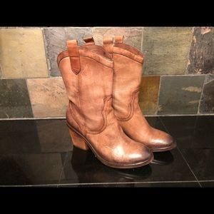 Sam Edelman Nile boots
